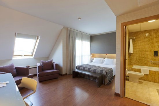 Vertice Sevilla : Habitación Confort Plus