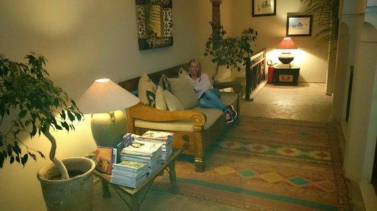 Riad Hizad : Un des nombreux espaces de détente...a l'étage!