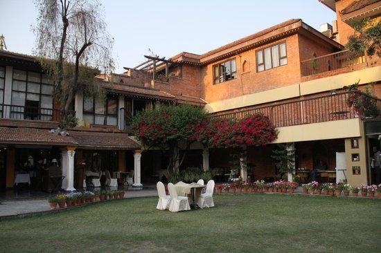 Shangri-La Hotel Kathmandu: The hotel from the garden