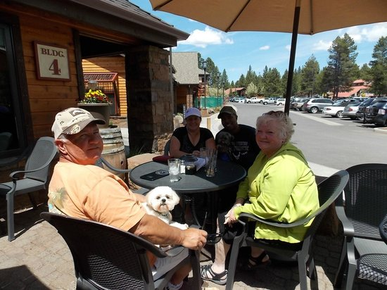 Sunriver Resort: Enjoying lunch at one of several cafe's