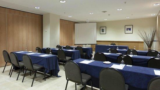 Hotel Vértice Sevilla: Sala oara enentos