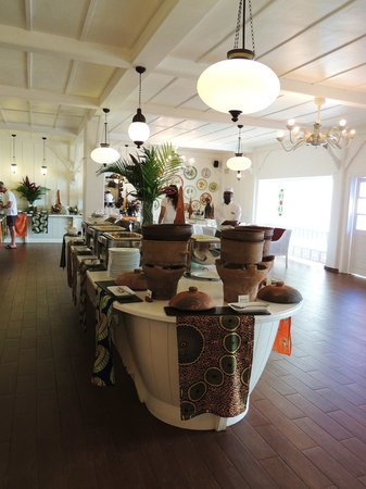 Hideaway of Nungwi Resort & Spa: UN DES BUFFETS