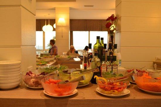 Hotel Majestic: Salad bar
