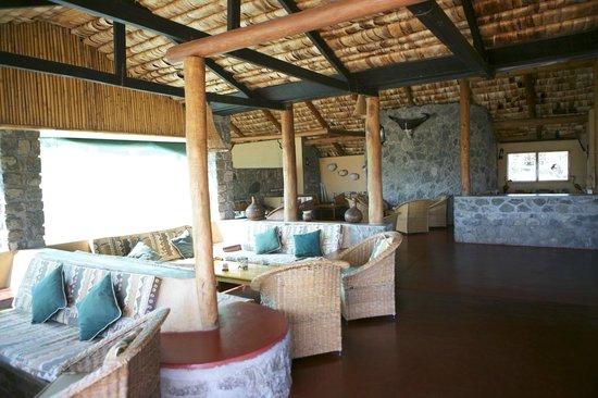 Ndutu Safari Lodge: Sitting Area