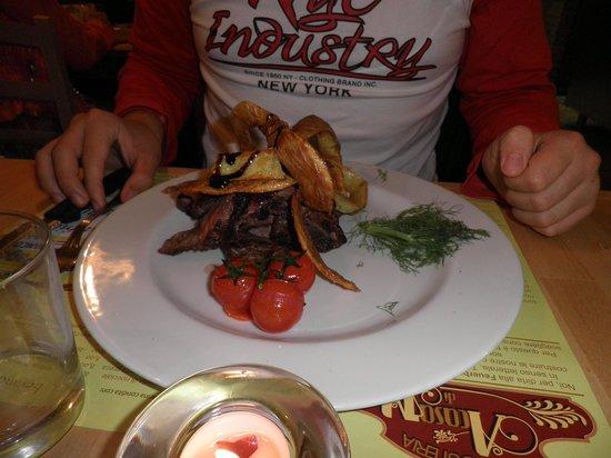 A Casa di Nino: tagliata di manzo con bucce di patate