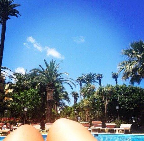 Grand Hotel Royal: Pool view