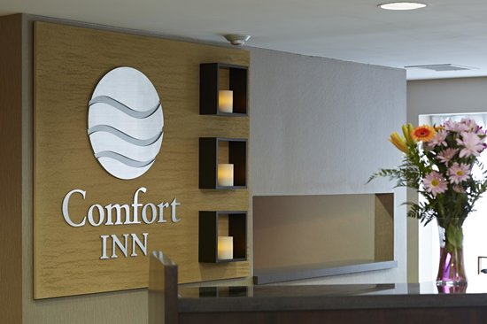 Comfort Inn Sydney: Friendly staff welcomes you!