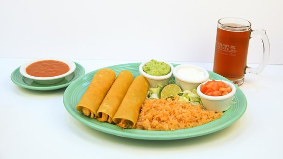 Las Palmas Mexican Restaurant: EnchiladasTapatias