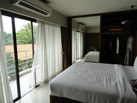 Küchenzeile Picture Of Ziniza Boutique Service Apartment Bangkok