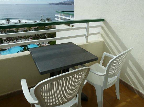 H10 Las Palmeras: sur le balcon face à la mer