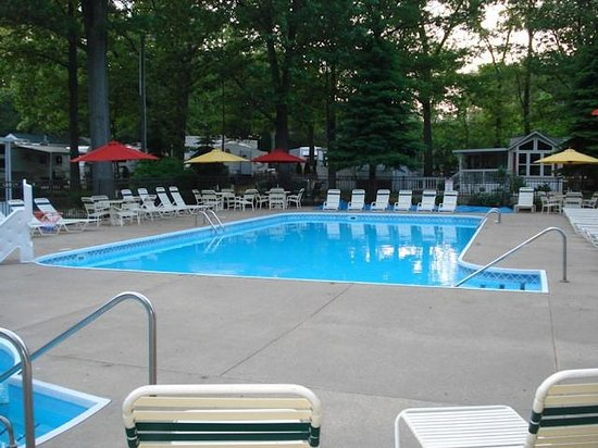 Oak grove resort campground prices reviews holland - Campsites in holland with swimming pool ...