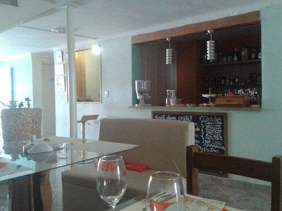 Hotel & Spa Molicie: De izquierda a derecha: Recepción, Bar-Restaurante