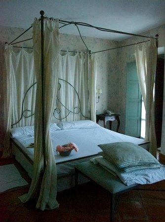 Hotel Molino del Arco: La camera da letto