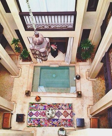 Riad Vanilla sma: View down from the rooftop terrace
