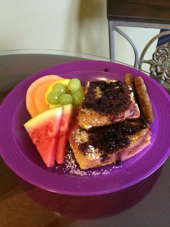 Piney Hill Bed & Breakfast: Orange French Toast