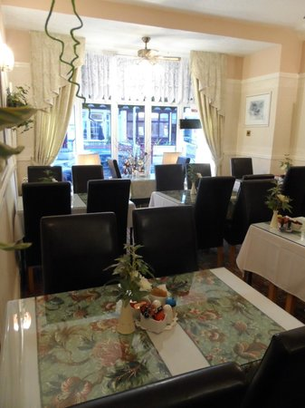 Fairhaven Hotel: Dining room