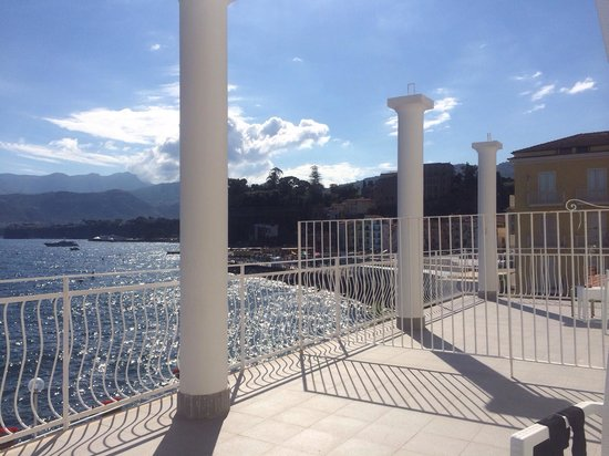 Hotel Admiral Sorrento : View from 106