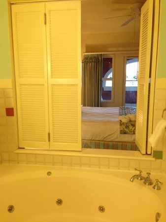 Disney's BoardWalk Villas : View of bedroom from bathroom