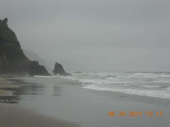 Hug Point State Park: The tide coming in