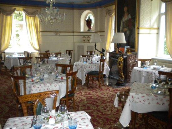 Romantik Hotel Du Parc: Salle à manger.