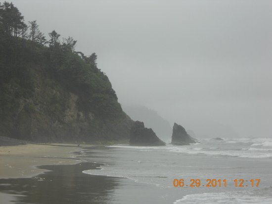 Hug Point State Park: Left side of beach
