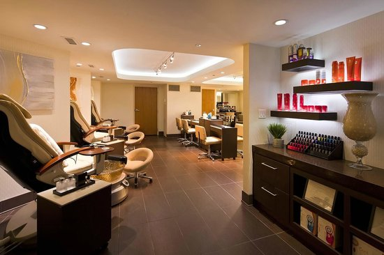 Spa Hair and Nail Salon - Picture of Golden Nugget Biloxi ...