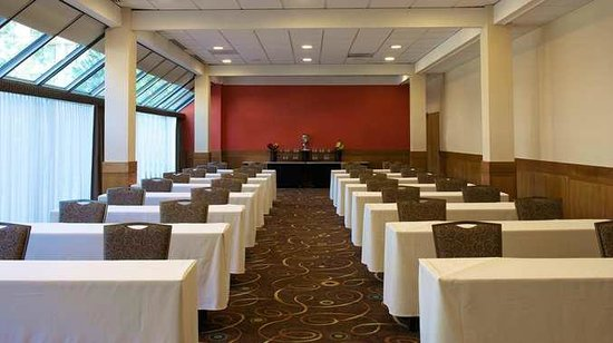DoubleTree by Hilton Los Angeles Westside: Catalina Ballroom