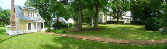 Prospect Hill Plantation Inn: Main House and Outbuildings