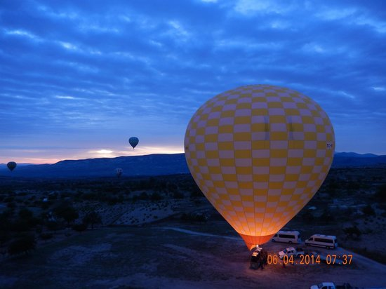 Cave Hotel Saksagan: Hot air balloon ride booked by the hotel