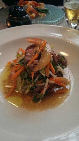 eF & Gi Restaurant: Thai Beef salad