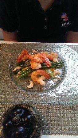 eF & Gi Restaurant: tiger pawn shrimp salad