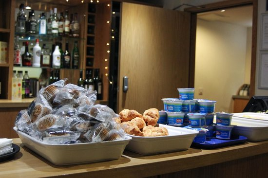 Travelodge London Central Euston : Breakfast selection