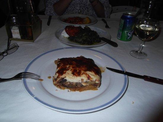 Tholos : Delicious Moussaka