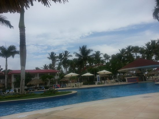 Grand Bahia Principe La Romana: Our daily view from poolside