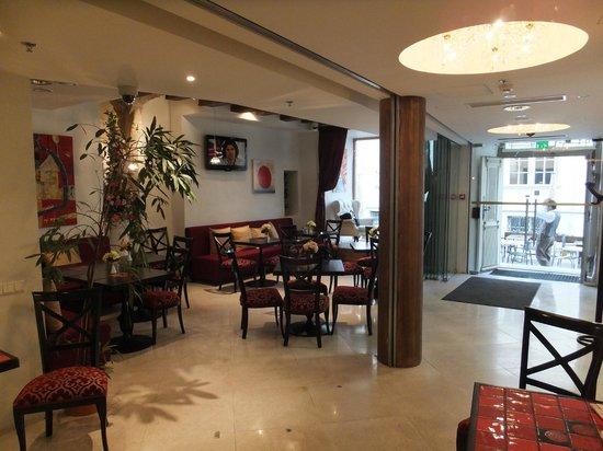Meriton Old Town Garden Hotel: The Cafe