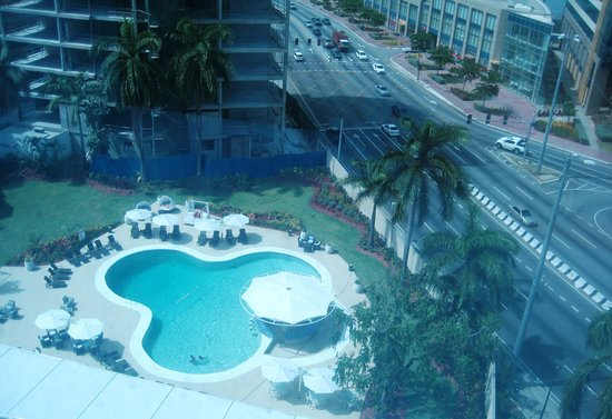 Radisson Hotel Trinidad: View of pool from 10th Floor