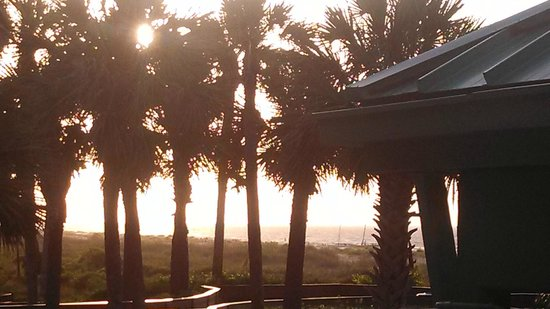 The Westin Hilton Head Island Resort & Spa : Sunrise from our room