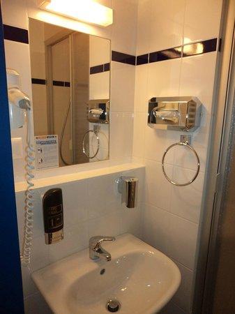 A&O Wien Hauptbahnhof: Casa de banho principal