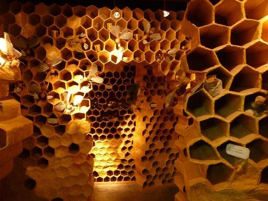Les Rouvières : le musée du nougat à montélimar