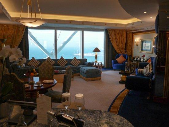 Burj Al Arab Jumeirah: The downstairs lounge