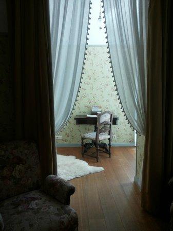 Antonius Hotel: Room