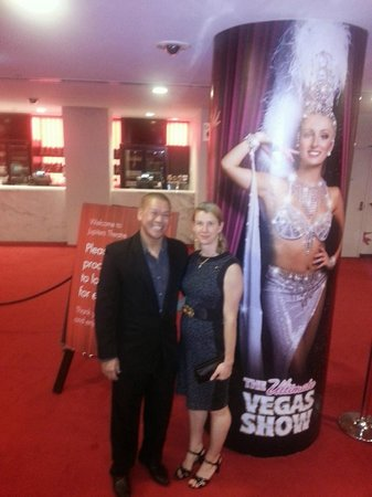 The Star Gold Coast: Me and girlfriend with poster