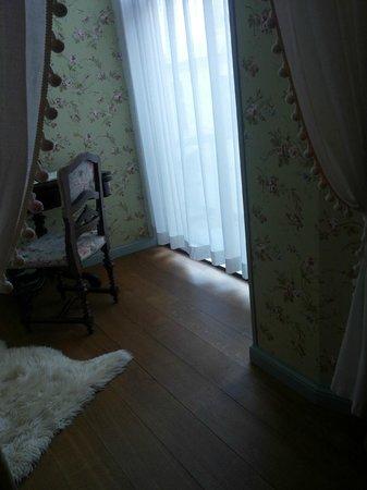 Antonius Hotel : Room