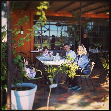 Restaurante CampoTinto: At the table