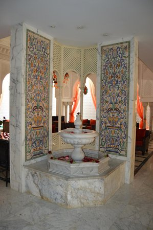 Royal Kenz Hotel Thalasso & Spa : Fountain