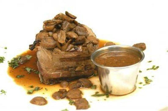 Rossi's Italian Restaurant : Filet Mignon