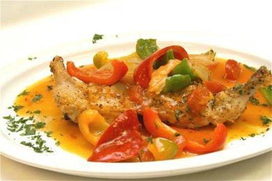 Rossi's Italian Restaurant : Chicken Cacciatorri