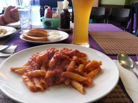 Spaghetti House: Penne Bolognese