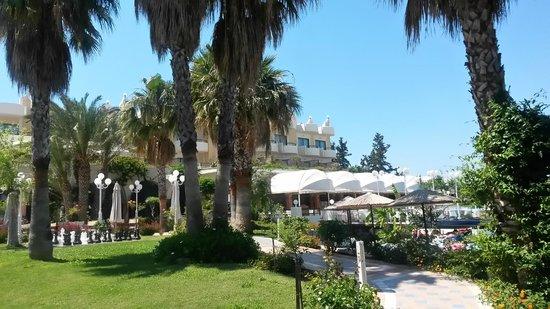 Atrium Palace Thalasso Spa Resort & Villas: Hotelbereich -