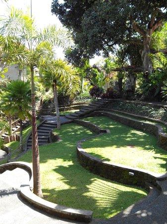 Museum Puri Lukisan: De tuin van het museum